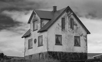 Starý rodinný domek plný záhad