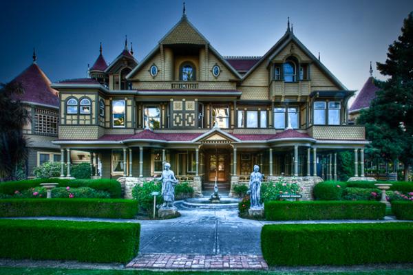 Dům rodiny Winchesterů – bludiště pro duchy