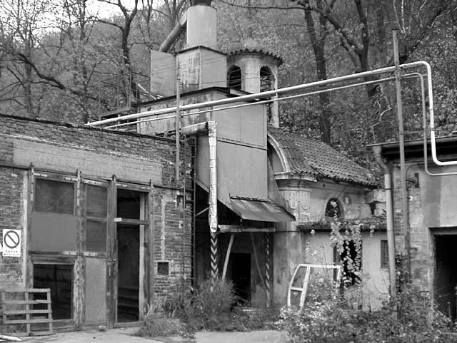 Exterier kaple v listopadu 2003