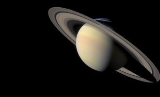 Co tají NASA o Saturnu?