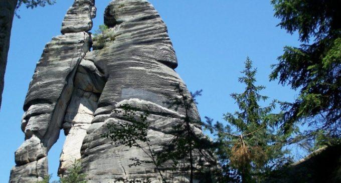 Kouzlo Adršpašských skal přísně střeží Lesní paní