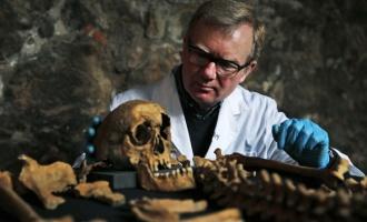 Děsivé tajemství v britské metropoli: Při stavbě objevili morový hřbitov!