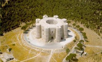 Co střežil Castel del Monte – nejtajemnější hrad středověku?
