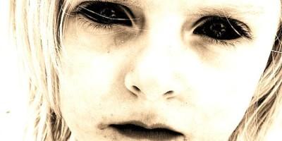 Z toho vás zamrazí. Duchové dětí bez očí opět straší v anglickém hrabství