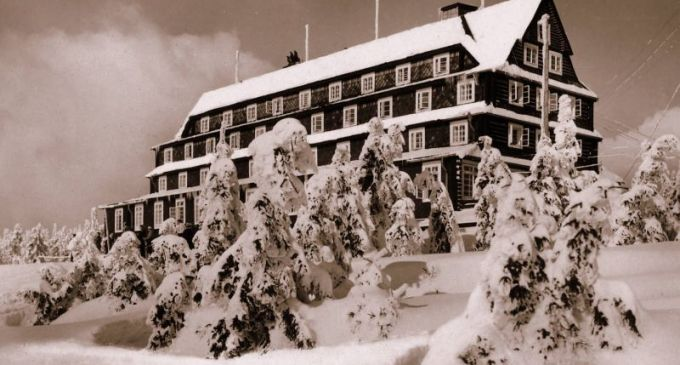 Sokolská bouda na Černé hoře