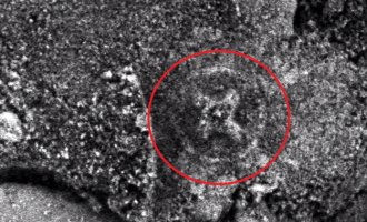 Co dělá keltský kříž na Marsu?