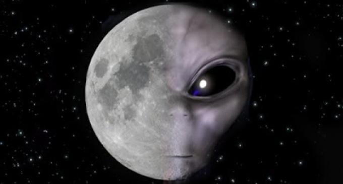 VIDEO: Létá někdo kolem Měsíce?
