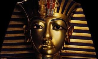 Byl Mojžíš otcem Tutanchamona?