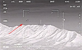 Nová fakta o světlech z Phoenixu – do operace byly zapojeny vojenské stíhačky