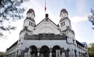 Lawang Sewu: Domov upířího ducha
