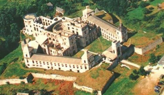 Co ukrývá tajemný polský hrad Krzyztopor?