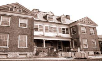 Krvavé zvěrstva v sanatoriu: straší zde přízraky mentálně nemocných?