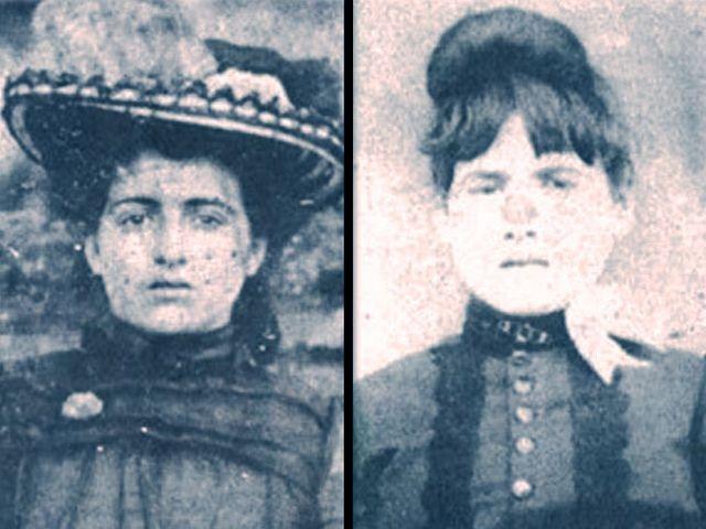 Elva (vpravo) a její matka Mary Jane