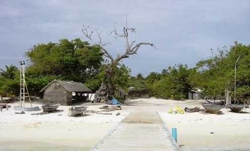 Byli školáci na Maledivách posedlí zlými duchy?