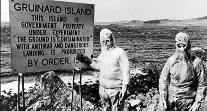 Děsivá minulost ostrova Gruinard: Pokusy měli zabít miliony lidí