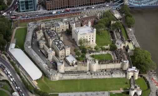 VIDEO: Přízraky v londýnském Toweru: kdo má strašit v bývalém vězení?