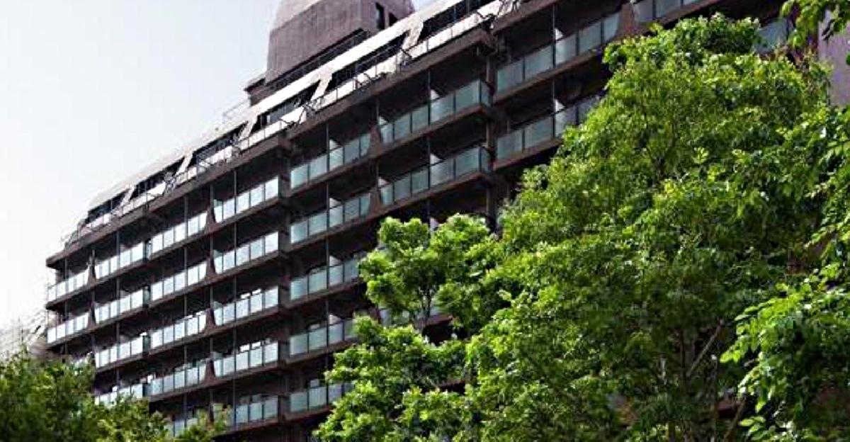 Akasaka Weekly Mansion: Hotel, kde se zblázníte hrůzou!